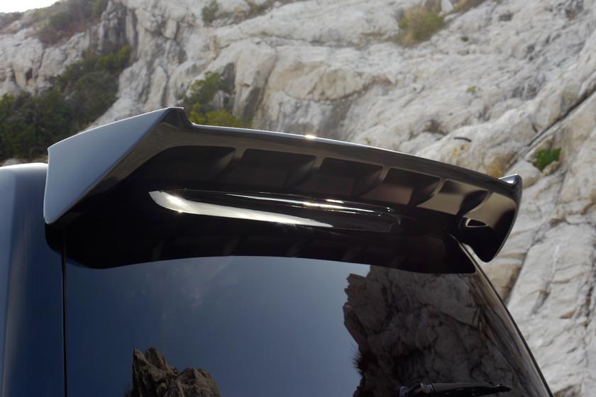 Спойлер крыши WALD Land Cruiser